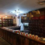Die Mitarbeiterin der Apotheke Unter Linden berichtet von ihrem Besuch einer chinesischen Apotheke